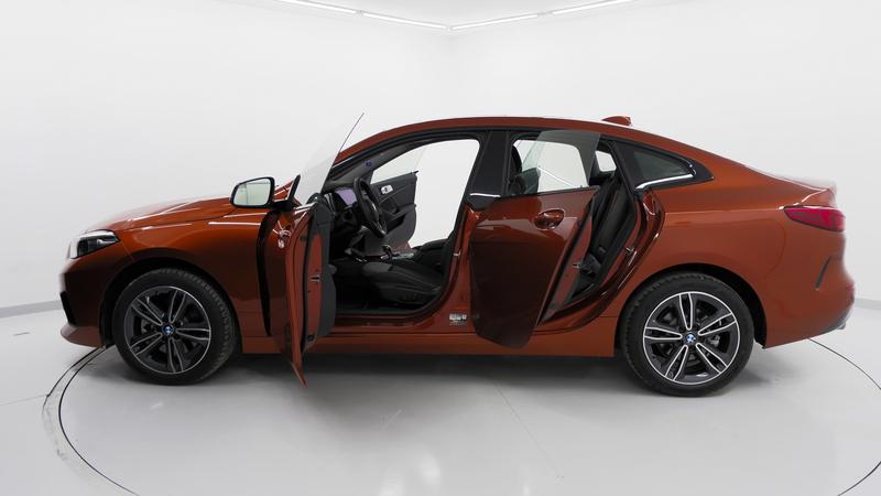 BMW 216D аренда в Анталии – красный БМВ